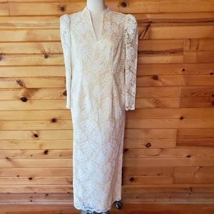 1980s Unlabeled Ivory Lace Embroidered Maxi Gown